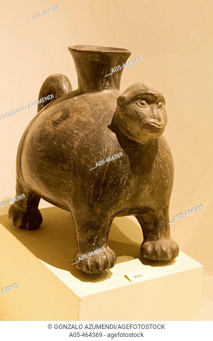 Representation of a zoomorphical being (monkey). Chimu culture (1470-1532 d.c). Museo Nacional de Arqueología, Antropología e Historia del Peru. Lima