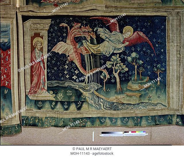 La Tenture de l'Apocalypse d'Angers, Le Dragon poursuit la femme 1,54 x 2,36m, Der Drache versucht die Frau zu ersäufen