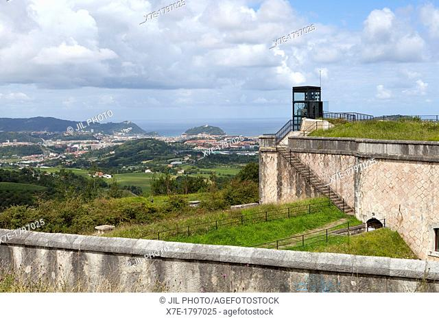 Donostia view from the Fort of San Marcos  Park 'lau Haizeta', Errenteria  Gipuzkoa  Basque Country  Spain