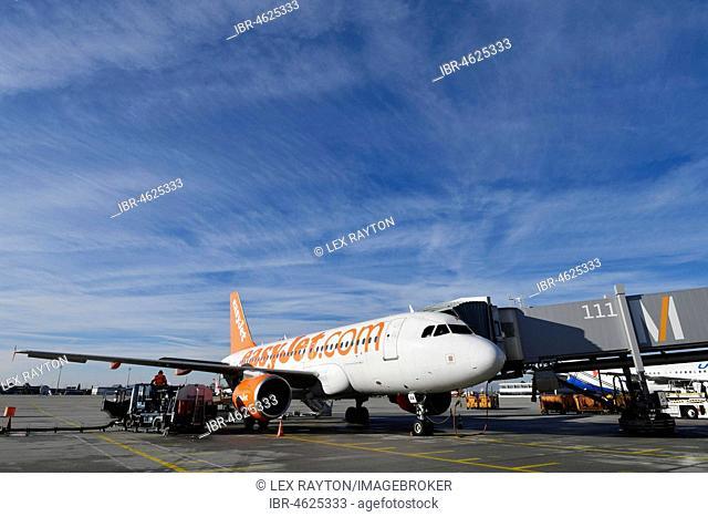EasyJet, Airbus A319-111, Munich Airport, Upper Bavaria, Germany