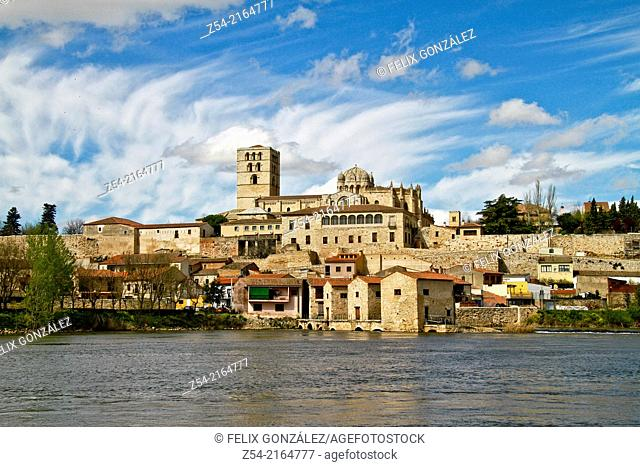 Panoramic view of Zamora, Cathedral and Duero River, Castile and Leon, Spain
