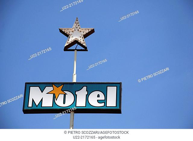 Sedona, Arizona, U.S.A., a motel sign