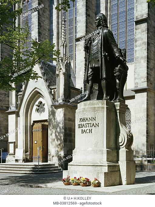 Germany, Saxony, Leipzig,  Thomas churchyard, brook monument, 1908,   Thomas church, forecourt, monument, statue, composer, Johann Sebastian Bach, Bach-Denkmal