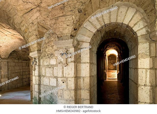 France, Saone et Loire, Tournus, the abbey church of Saint Philibert, the crypt