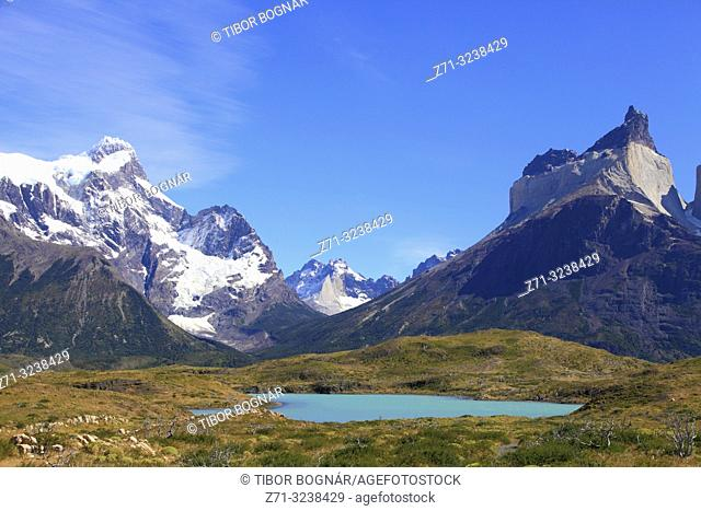 Chile, Magallanes, Torres del Paine, national park, Paine Grande, Aleta de Tiburon, Cuernos del Paine,