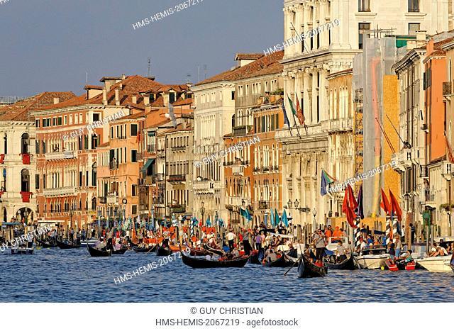 Italy, Venetia, Venice, listed as World Heritage by UNESCO, Regata Storica (Historical Regatta) on the Canal Grande