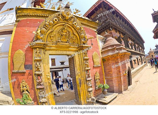 Golden Gate, Royal Palace, Palace of Fifty-five Windows, Durbar Square, UNESCO World Heritage Site, Patan, Latipur, Bhaktapur, Kathmandu, Nepal, Asia