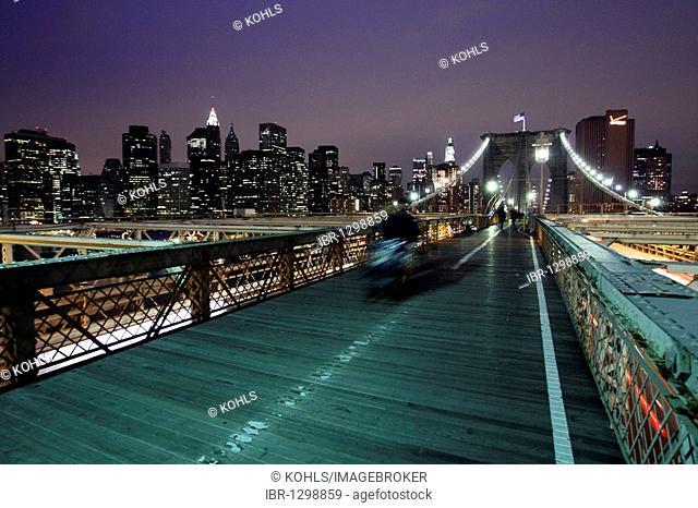 Brooklyn Bridge at night, Manhattan, New York City, NYC, USA