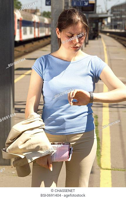 STRESSED WOMAN OUTDOORS