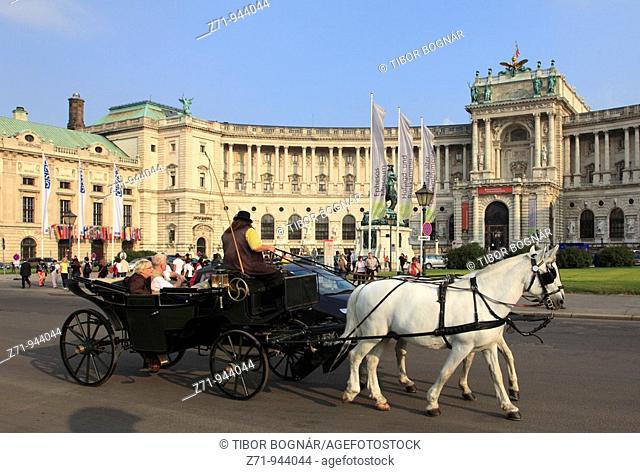 Austria, Vienna, Hofburg Palace, Neue Burg, horse carriage