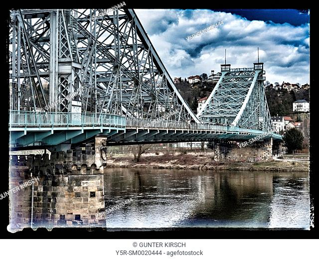 "View to the Loschwitzer Elbe-Bridge """"Blue Wonder"""" ,opened 1893, Dresden, Saxony, Germany, Europe"