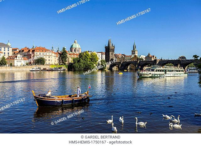 Czech Republic, Prague, historical center listed as World Heritage by UNESCO, the Old Town (Stare Mesto), boat cruise on the Vltava with Charles Bridge in...