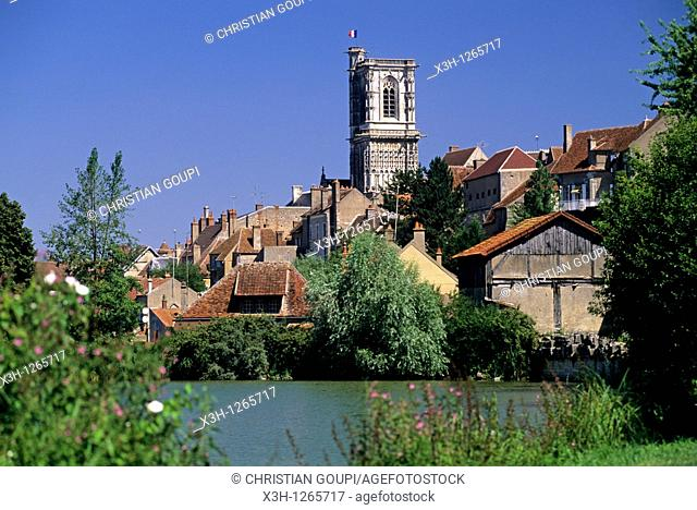canal of Nivernais, Clamecy, Nievre department, region of Burgundy, center of France, Europe