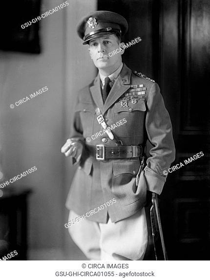 U.S. General Douglas MacArthur, Portrait, Washington DC, USA, circa 1930