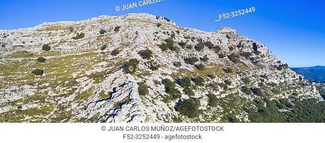 Mount Candina, Liendo, Cantabrian Sea, Liendo Valley, Cantabria, Spain, Europe