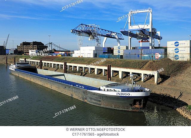 Germany, Krefeld, Rhine, Lower Rhine, Rhineland, North Rhine-Westphalia, NRW, Rheinhafen Krefeld, Rhine harbour, Container Terminal, harbour master, port cranes
