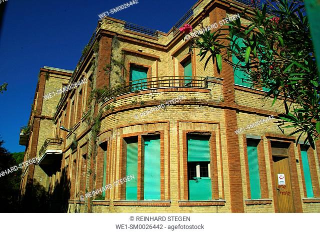 abandoned building, forgotten Hotel, Giulianova is a coastal town and comune in the province of Teramo of central Italy