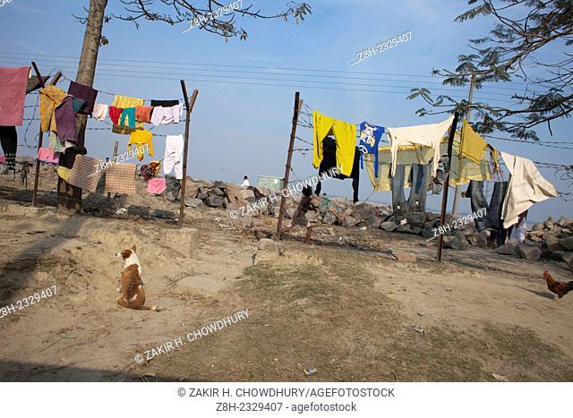 People living near bank of the river Jamuna, Bangladesh