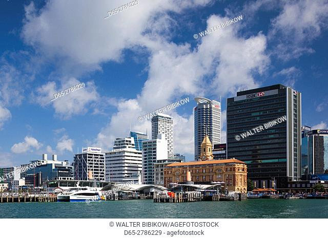 New Zealand, North Island, Auckland, harbor view skyline with Ferry Building