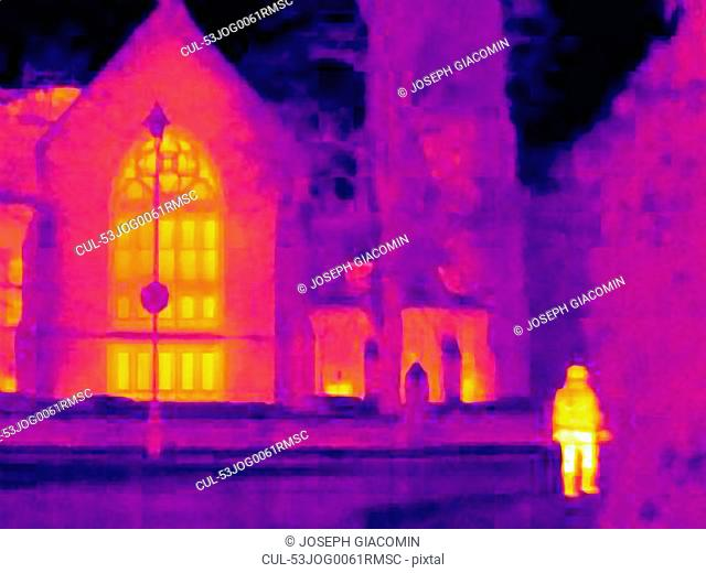 Thermal image of cathedral on street