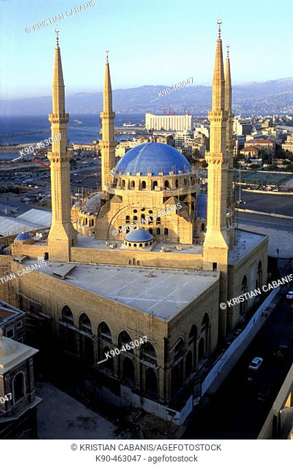 The new Mahammed Al-Amine Mosque and view on downtown Beirut with the coastline, Beirut, Lebanon, Middle-East, Asia