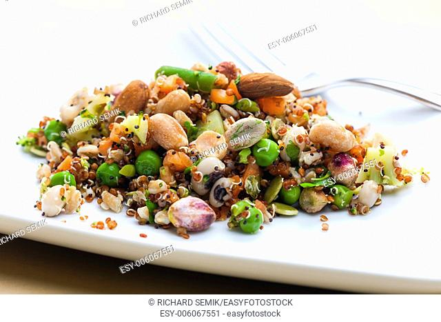 legume salad with almonds