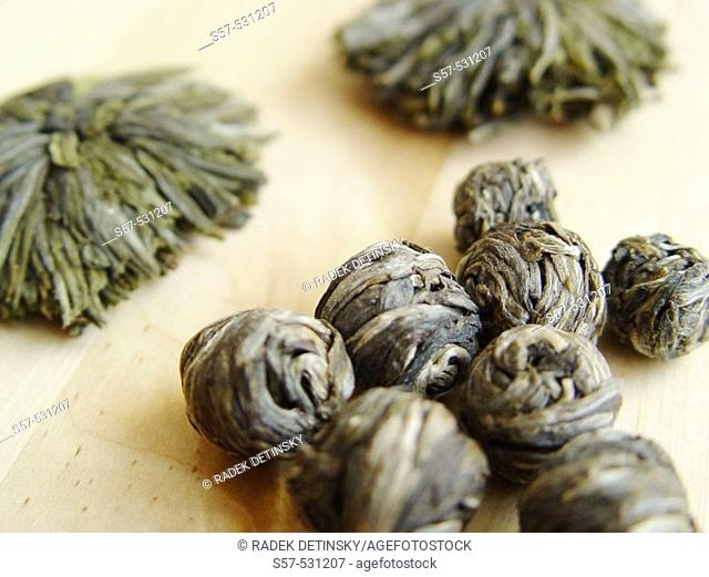 raw China green tea