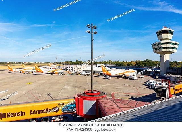 Berlin, Germany – September 11, 2018: Easyjet Airbus A320 airplanes at Berlin Tegel airport (TXL) in Germany. | usage worldwide. - Berlin/Germany
