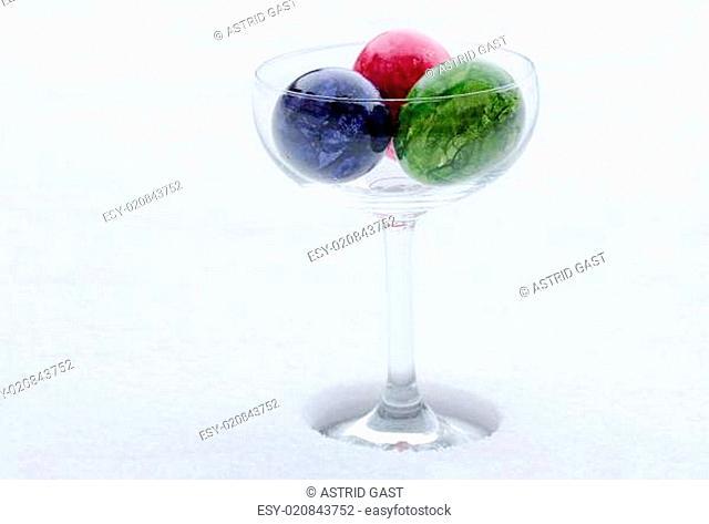 Ostereier in einem Glas