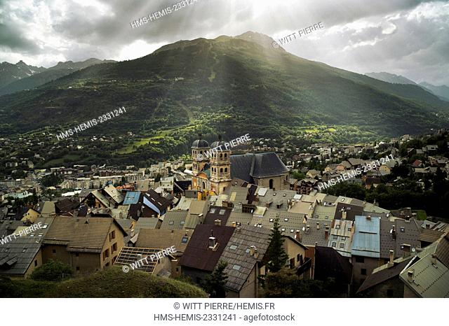 France, Hautes Alpes, Briancon, Vauban city, listed as World Heritage by UNESCO, the city from the ramparts walkway