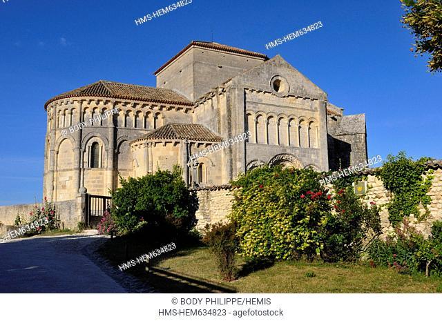 France, Charente Maritime, Saintonge, Talmont sur Gironde, labelled Les Plus Beaux Villages de France The Most Beautiful Villages of France