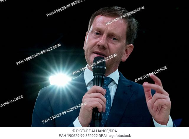 29 June 2019, Saxony, Chemnitz: Michael Kretschmer (CDU), Prime Minister of Saxony and state chairman of the CDU, speaks at the state party conference of the...