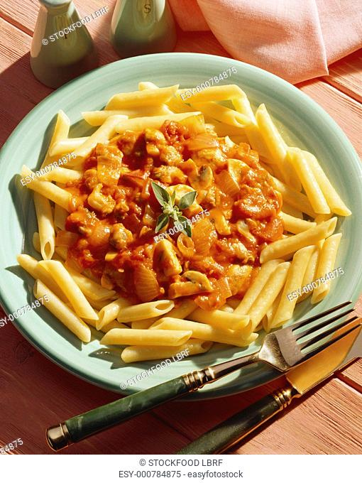 Penne with mushroom and tomato sauce