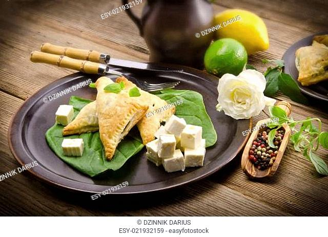 cakes with spinach and feta cheese