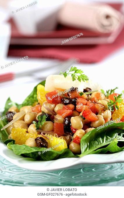 Cod and chickpeas salad