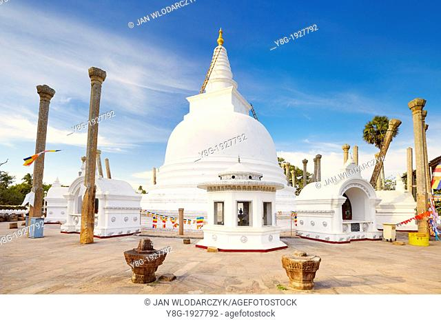 Sri Lanka - Thuparamaya Dagoba, Anuradhapura, historic capital of Sri Lanka, UNESCO World Heritage Site