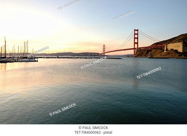 USA, California, San Francisco, Golden Gate Bridge at sunset