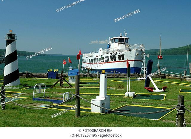Watkins Glen, NY, New York, Finger Lakes, Seneca Lake, sightseeing excursion boat, mini golf course