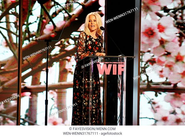 Women In Film 2017 Crystal + Lucy Awards® presented by Max Mara and BMW - Show Featuring: Elizabeth Banks Where: Beverly Hills, California