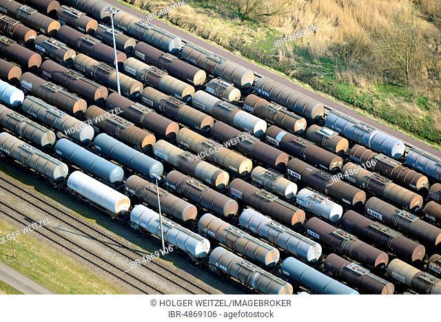Tank wagons on the railroad siding, VTG Eisenbahn Logistik, Stade, Lower Saxony, Germany