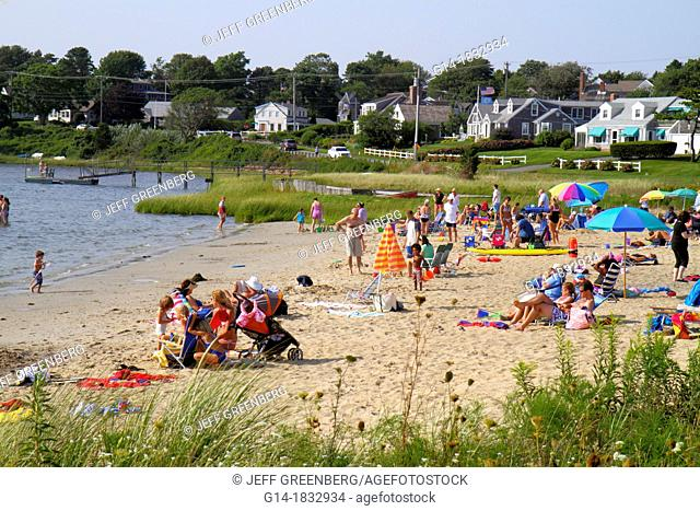 Massachusetts, Cape Cod, Chatham, Oyster Pond Beach, sunbathers, family, water