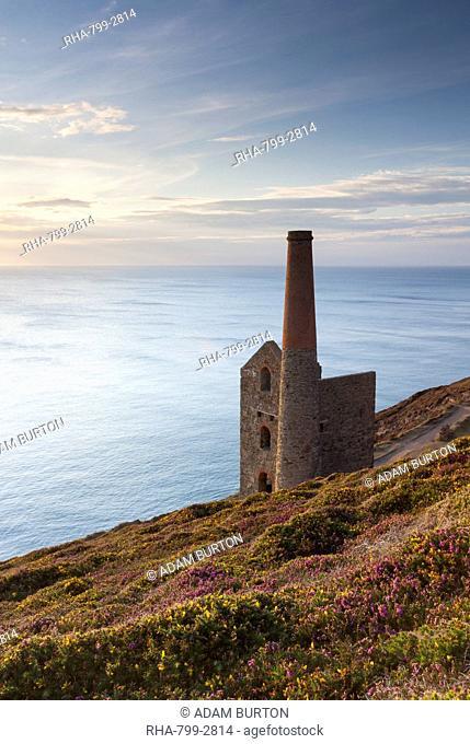 The abandoned Wheal Coates engine house, UNESCO World Heritage Site, on the Cornish cliff tops near St. Agnes, Cornwall, England, United Kingdom, Europe