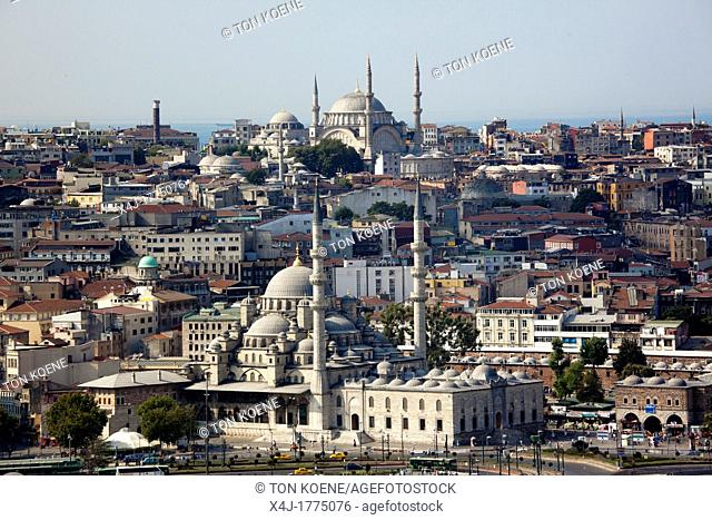 Nuruosmaniye baroque mosque and new mosque foreground in Istanbul