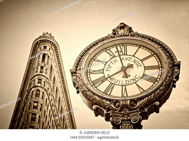 Flatiron buidling, 5th Avenue Clock, Sepia, New York