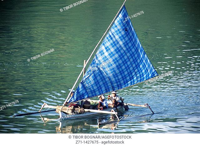 Indonesia, Lombok, small sailing boat, people