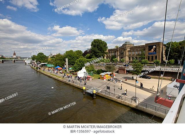 View of the Main river and the Mainuferfest festival on the shore of the Main, in the back the Staedel art museum, Frankfurt am Main, Hesse, Germany, Europe