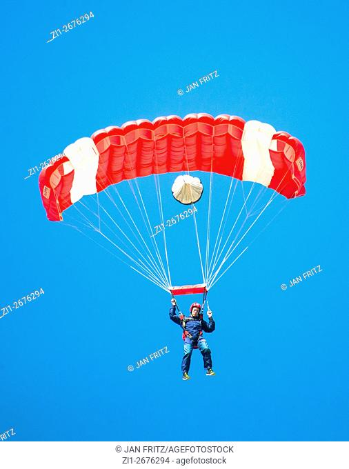 parachutist landing at Texel Parachute `Centre