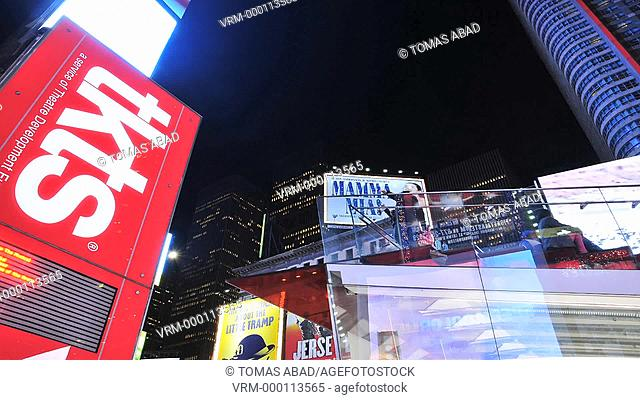 TKTS, Red Steps, Times Square, 42 nd Street, Manhattan, Broadway, New York City, USA