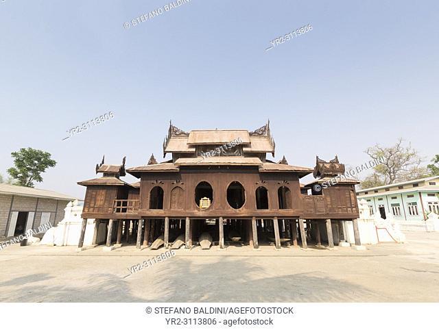 The Shwe Yaunghwe Kyaung pagoda, Nyaungshwe, Myanmar