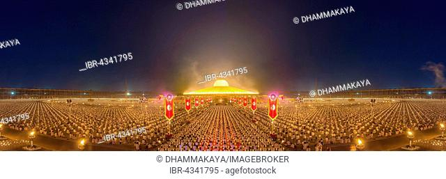 Makha Bucha Day, Magha Puja Day, holiday of the Theravada Buddhists, mass event with monks and believers in the Wat Phra Dhammakaya temple